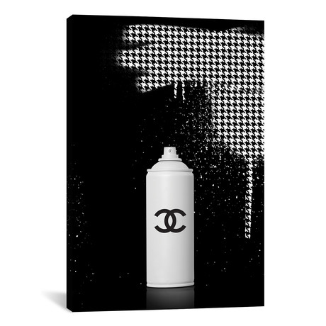 "Spray Chanel (18""W x 26""H x 0.75""D)"