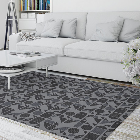 Moderne Charcoal // Area Rug (2.6'L x 8'W)