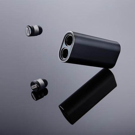 Bullet 2.0 // Two Earbuds // Limited Black Edition