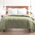 Good Kind Super Plush Down Alternative Comforter // Sage (Twin/TwinXL)
