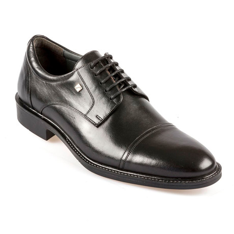 Felipe Shoes // Black (Euro: 37)