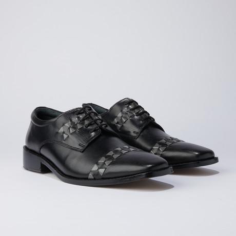 Carrey Dress Shoes // Black (US: 6.5)