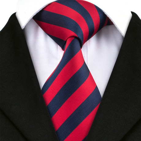 Avellino Silk Dress Tie // Red