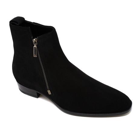 Yves Saint Laurent // Boots // Black (Euro: 39)
