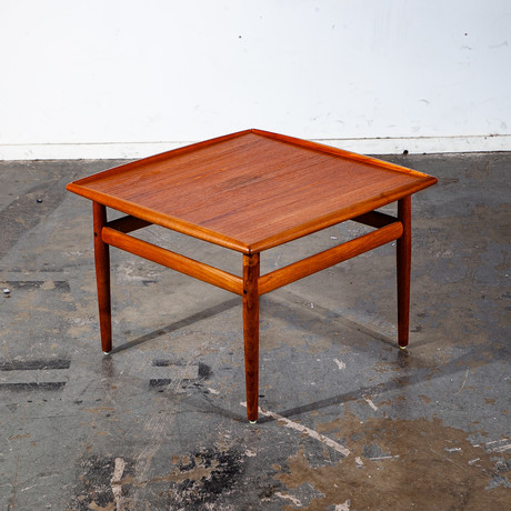 Grete Jalk for Glostrup // Danish Modern Square End Table