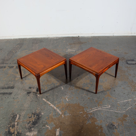 Lane Furniture // Mid Century Modern Square End Tables // Set of 2