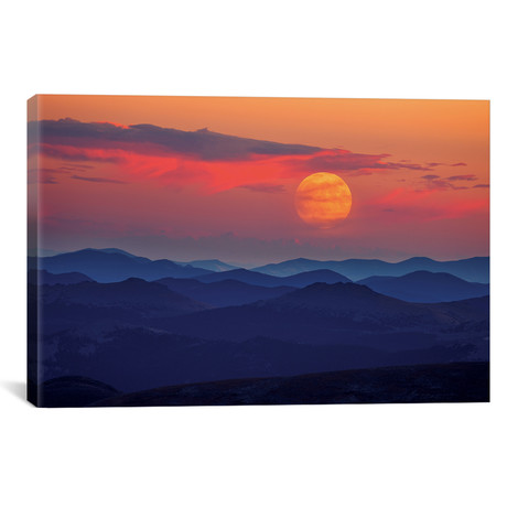 "Supermoon At Sunrise // Darren White Photography Canvas Print (26""W x 18""H x 0.75""D)"