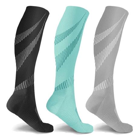 Elite Lightweight Compression Socks // 3-Pairs (Small / Medium)