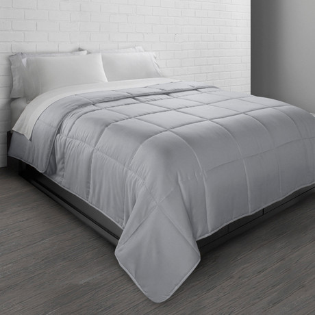 All-Season Triple Brushed Microfiber Down-Alternative Comforter // Gray (Twin)