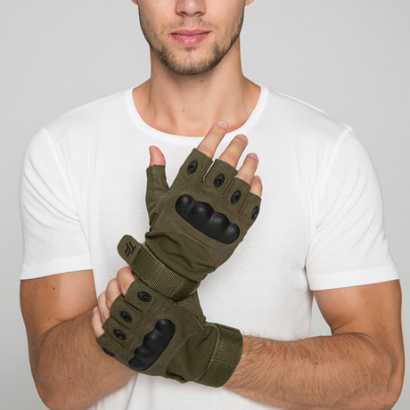Yellowstone Fingerless Gloves // Olive (M)