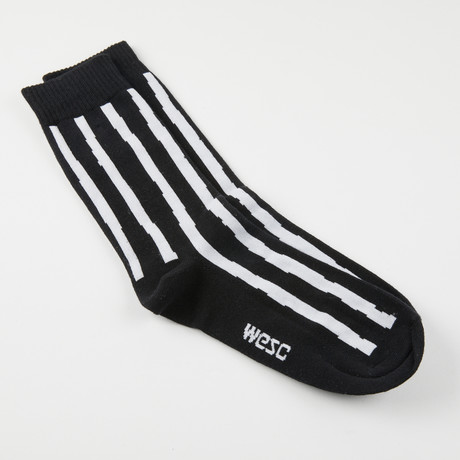 Kennedy Uneven Stripe Crew Sock // Black (S-M)