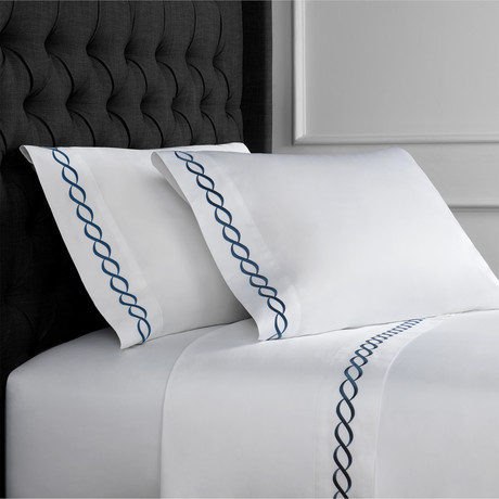 Rope Embroidered Sheet Set // 600TC // Navy (Full)