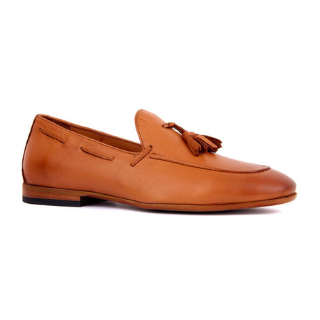 Jace Scotch Loafers // Tobacco (Euro: 39)