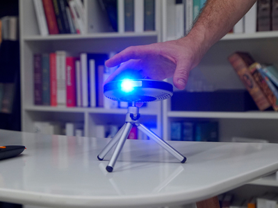 Lenso Spaceship Projector
