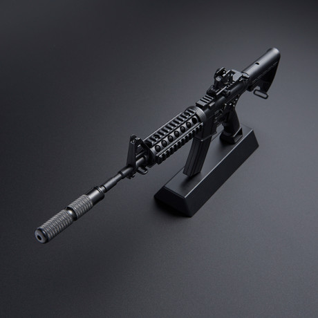 M4A1 RIS 1:4 Scale Diecast Metal Model Gun + Display Stand // Black