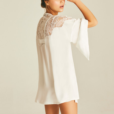Alexia Lace Robe // Cream (XS)