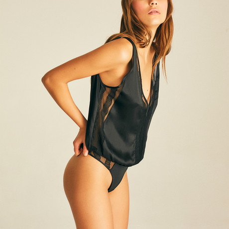 Chillon Lace Bodysuit // Black (XS)