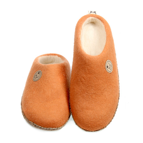 Felts Shoes // Peach (US: 7)