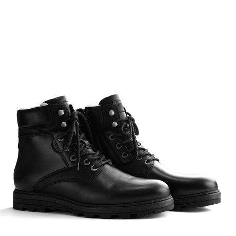 Selje Men // Black (Euro: 40)