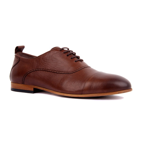 Ezekiel Praline Scotch Cap Toe // Brown (Euro: 39)