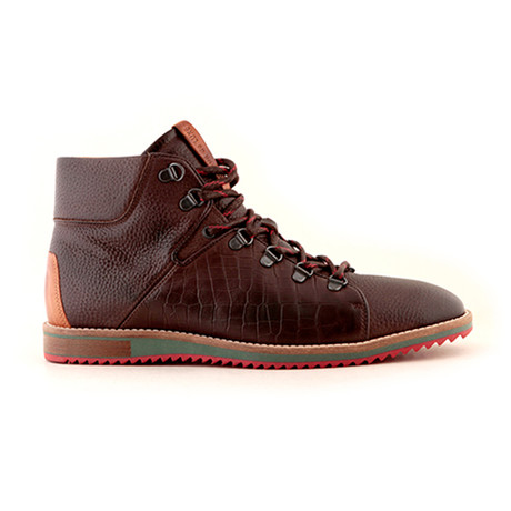 Hike // Dark Brown (Euro: 40)