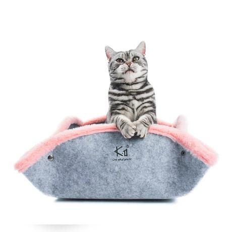 Cat Bed // Goku // Pink