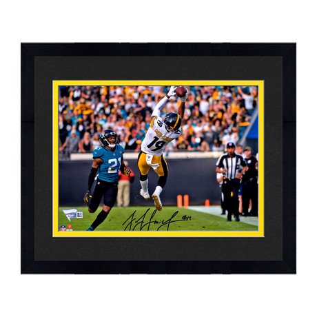 "JuJu Smith-Schuster // Pittsburgh Steelers 8"" x 10"" In Air Catch Photograph (Unframed)"