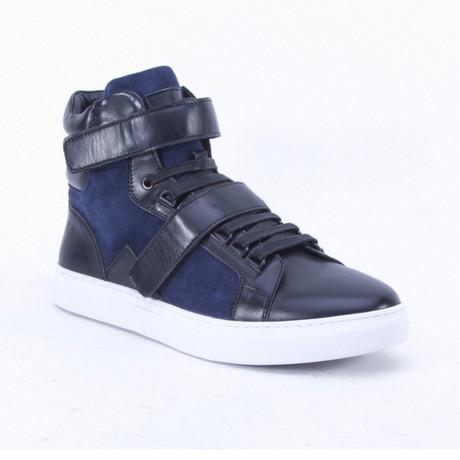 Orsay Shoe // Black (US: 7)