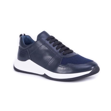 Graysen Shoe // Navy (US: 7)