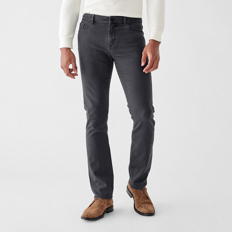 Avery Straight Jeans // Coalmine (29WX30L)