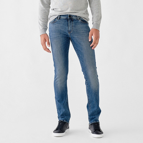 Cooper Relaxed Skinny Jeans // Kingston (28WX32L)