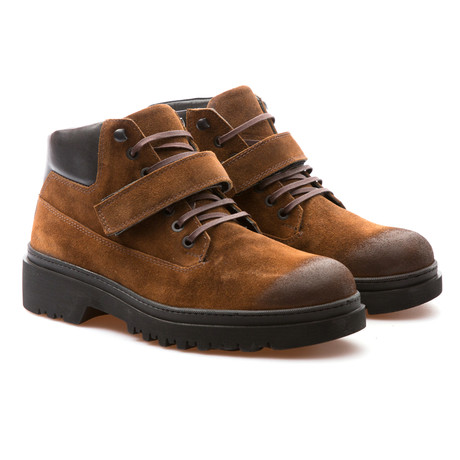 Berry Low Boot // Tobacco (Euro: 39)