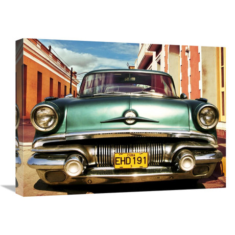 "Vintage American Car In Habana, Cuba (24""W x 18""H x 1.5""D)"