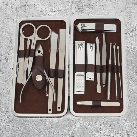 15-Piece Manicure + Pedicure Set // Stainless Steel + Brown Leather Case