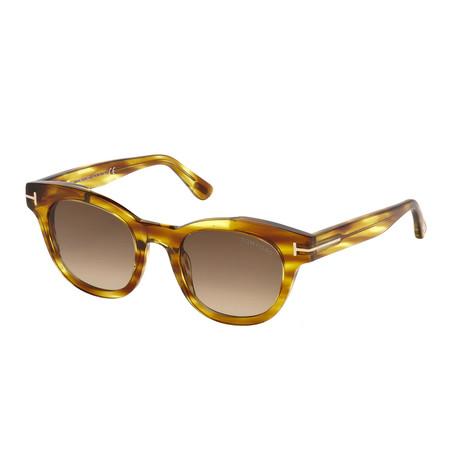 Women's Elizabeth Sunglasses // Light Brown + Brown Gradient
