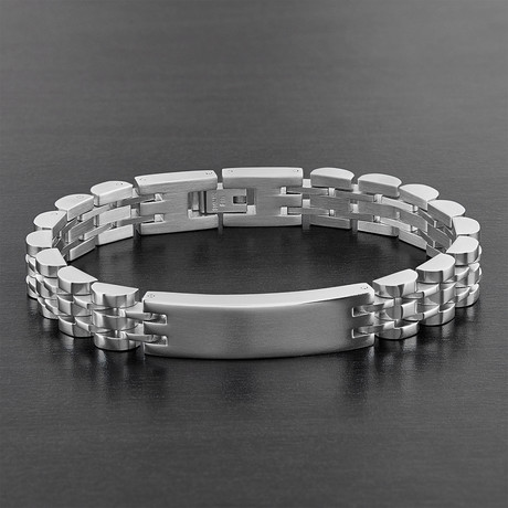 Men's High-Polish Stainless Steel Half Moon Link ID Bracelet // Silver