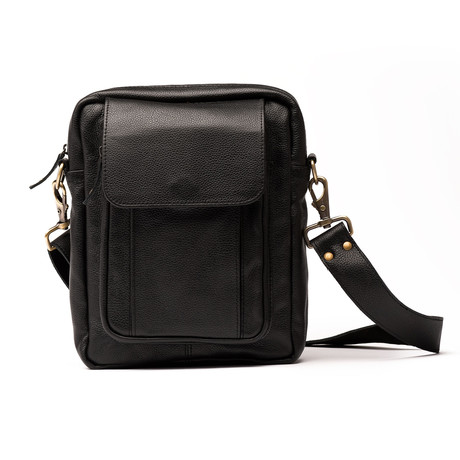 Travelers Leather Cross Body Bag // Black