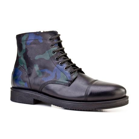 David Boots // Navy (Euro: 39)