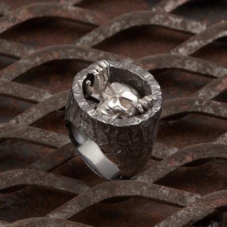 Skull Of Hole Ring // Black + Silver (10)