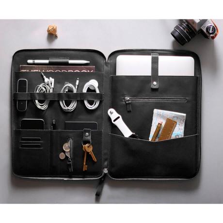 "Nomad Organizer // iPad Pro 12.9"" & Macbook Pro 13"" (Black)"