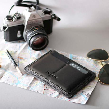 Flat Leather Passport Holder (Black)