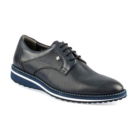 Orwell Shoe // Navy Blue (Euro: 37)