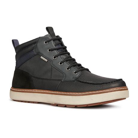 Mattias Boots // Black + White (Euro: 39)