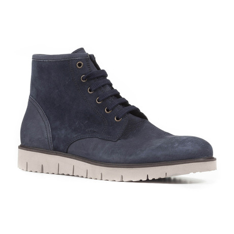 New Pluges Boot // Navy (Euro: 39)