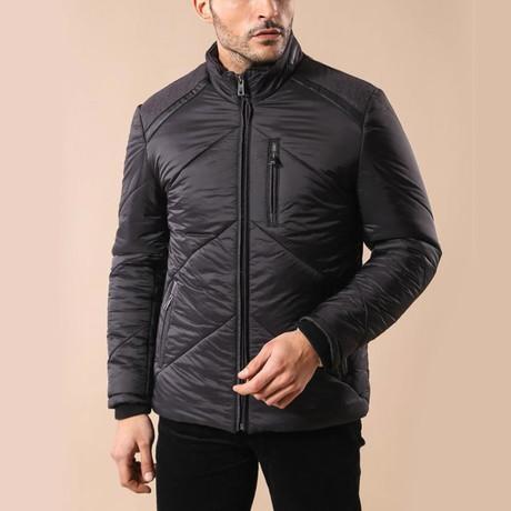 Geary Coat // Black (Euro: 44)