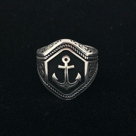 Fancy Anchor Men's Ring (Size 8)