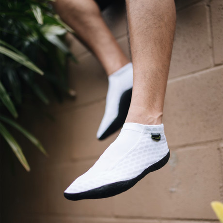 Sockwa // X8 Shoe // White (US: M4)