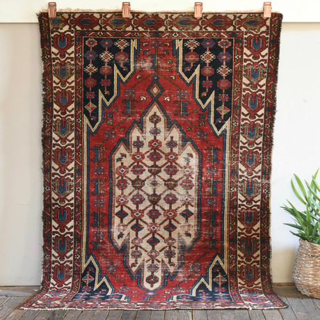 """Mazlaghan // Hand Knotted Circa 1930 // 6'1""""L x 4'1W"""
