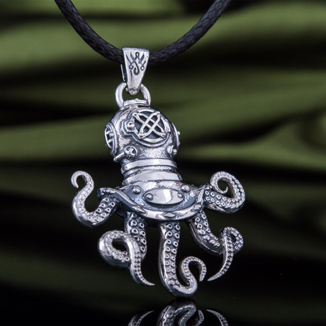 Diver Octopus Pendant