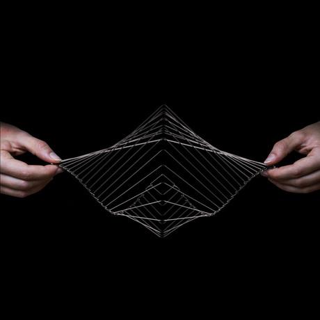 Square Wave // Black